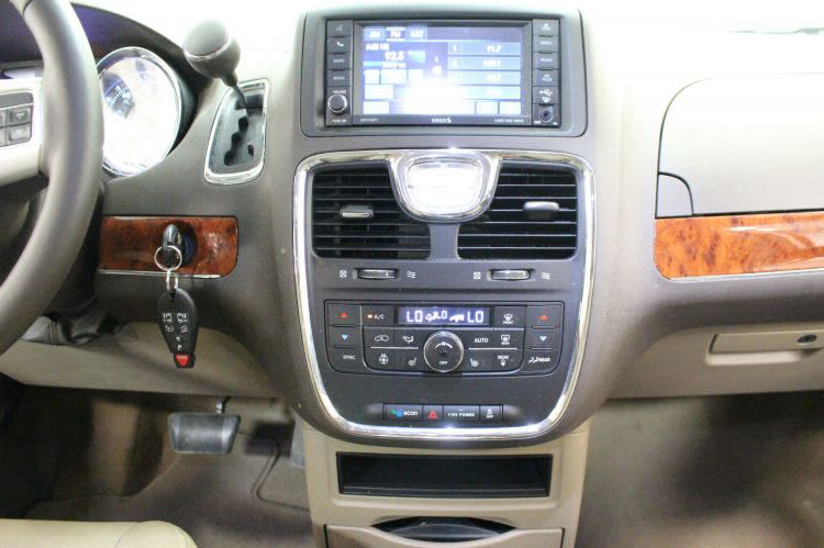 2014 Chrysler Town and Country Touring-L Wheelchair Van For Sale #13