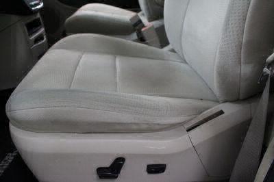 2011 Dodge Grand Caravan Wheelchair Van For Sale -- Thumb #13