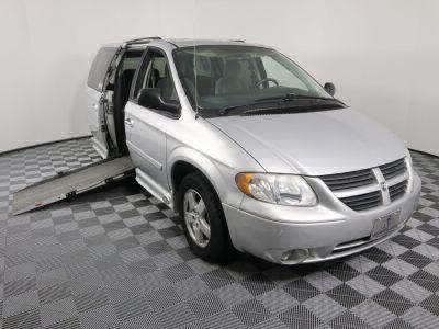 Used Wheelchair Van for Sale - 2007 Dodge Grand Caravan SXT Wheelchair Accessible Van VIN: 2D4GP44L57R254862
