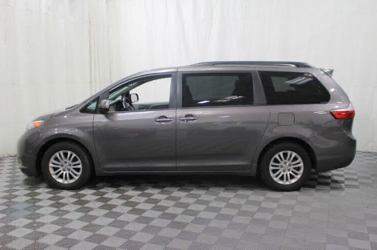 2017 Toyota Sienna XLE Wheelchair Van For Sale #35