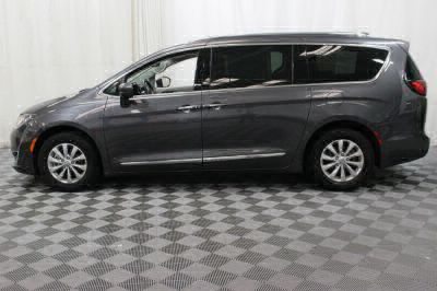 2018 Chrysler Pacifica Wheelchair Van For Sale -- Thumb #12