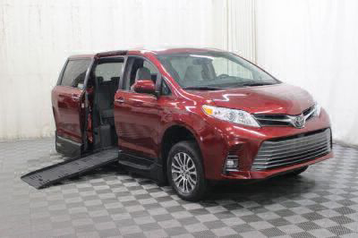 New Wheelchair Van for Sale - 2019 Toyota Sienna XLE Wheelchair Accessible Van VIN: 5TDYZ3DC5KS003779