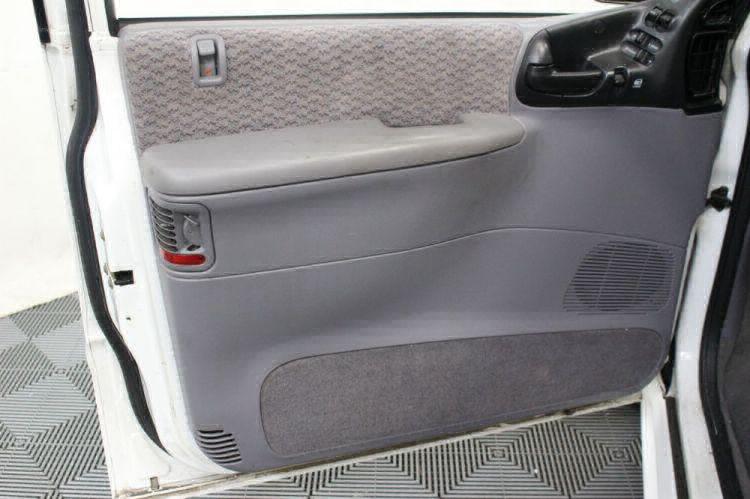 2000 Dodge Grand Caravan SE Wheelchair Van For Sale #19