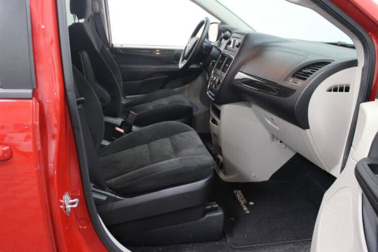 2016 Dodge Grand Caravan SE Wheelchair Van For Sale #18