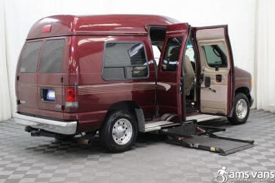 2005 Ford E-Series Chassis Wheelchair Van For Sale -- Thumb #3