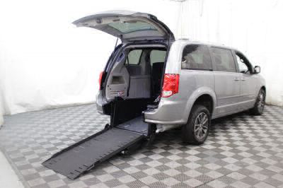 Commercial Wheelchair Vans for Sale - 2017 Dodge Grand Caravan SXT ADA Compliant Vehicle VIN: 2C4RDGCG1HR714203