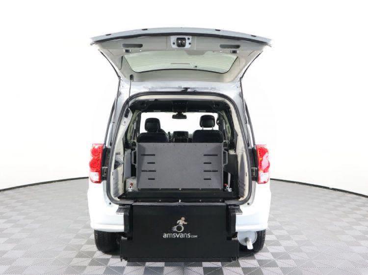 2018 Dodge Grand Caravan SXT Wheelchair Van For Sale #31