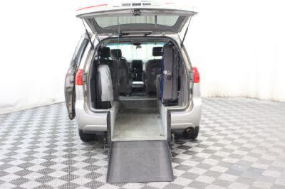 Used Wheelchair Van for Sale - 2006 Toyota Sienna LE 7 Passenger Wheelchair Accessible Van VIN: 5TDZA23C26S474415