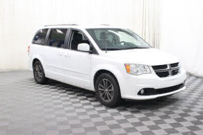 Commercial Wheelchair Vans for Sale - 2017 Dodge Grand Caravan SXT ADA Compliant Vehicle VIN: 2C4RDGCG5HR801960