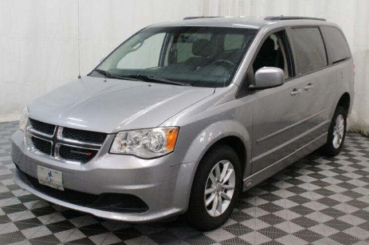 2014 Dodge Grand Caravan SXT Wheelchair Van For Sale #9