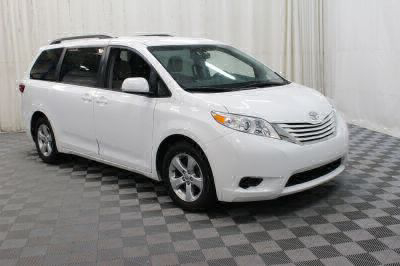 Commercial Wheelchair Vans for Sale - 2017 Toyota Sienna LE ADA Compliant Vehicle VIN: 5TDKZ3DCXHS825654