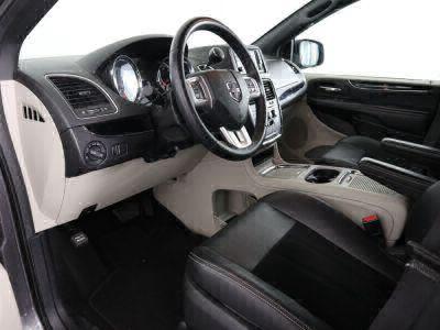 2018 Dodge Grand Caravan Wheelchair Van For Sale -- Thumb #17
