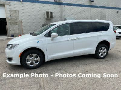 Used Wheelchair Van for Sale - 2018 Chrysler Pacifica Hybrid Touring Plus Wheelchair Accessible Van VIN: 2C4RC1H71JR248402