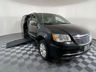 Used Wheelchair Van for Sale - 2016 Chrysler Town & Country Limited Platinum Wheelchair Accessible Van VIN: 2C4RC1GG0GR271440