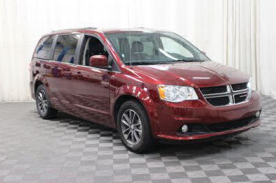 Commercial Wheelchair Vans for Sale - 2017 Dodge Grand Caravan SXT ADA Compliant Vehicle VIN: 2C4RDGCG8HR711198