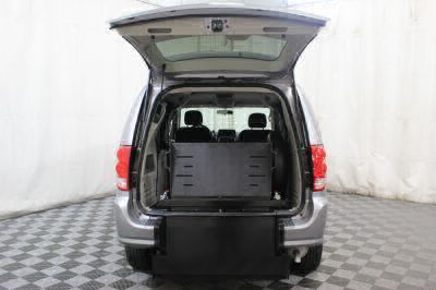 Commercial Wheelchair Vans for Sale - 2016 Dodge Grand Caravan SXT ADA Compliant Vehicle VIN: 2C4RDGCG2GR371075
