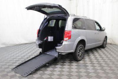 Commercial Wheelchair Vans for Sale - 2019 Dodge Grand Caravan GT ADA Compliant Vehicle VIN: 2C4RDGEG9KR514139
