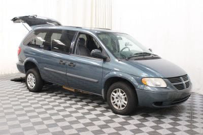 2006 Dodge Grand Caravan Wheelchair Van For Sale -- Thumb #3