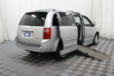 2010 Dodge Grand Caravan Wheelchair Van For Sale -- Thumb #3
