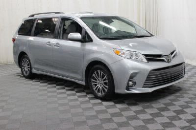 Commercial Wheelchair Vans for Sale - 2019 Toyota Sienna XLE ADA Compliant Vehicle VIN: 5TDYZ3DC3KS966499