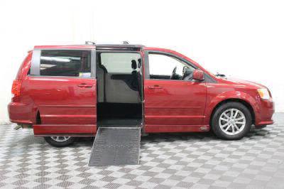 2014 Dodge Grand Caravan Wheelchair Van For Sale -- Thumb #2