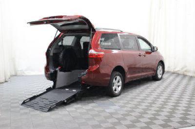 New Wheelchair Van for Sale - 2017 Toyota Sienna LE Wheelchair Accessible Van VIN: 5TDKZ3DC1HS833609