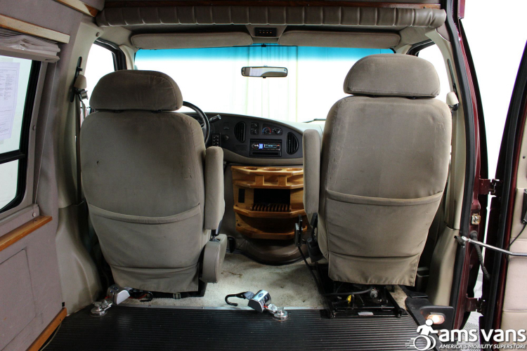 2005 Ford E-Series Chassis E-250 SD Wheelchair Van For Sale #7