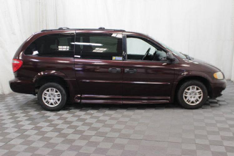 2004 Dodge Grand Caravan SE Wheelchair Van For Sale #9