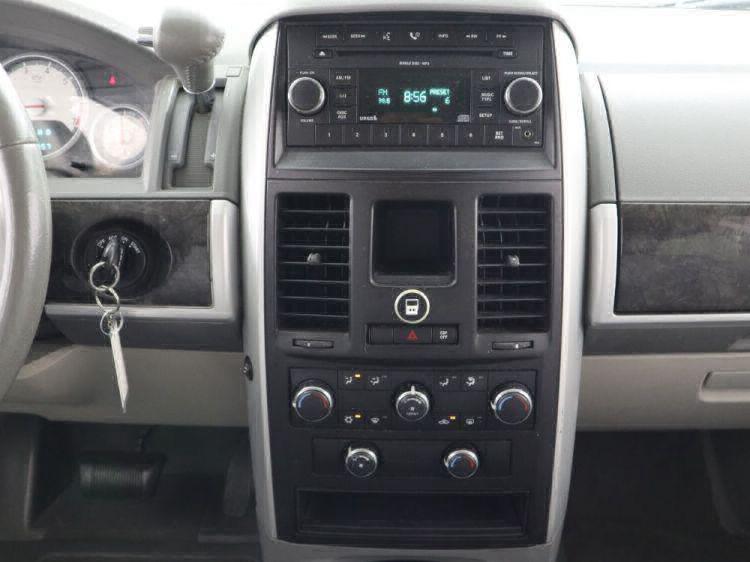 2010 Dodge Grand Caravan SXT Wheelchair Van For Sale #11