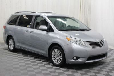 Commercial Wheelchair Vans for Sale - 2016 Toyota Sienna XLE ADA Compliant Vehicle VIN: 5TDYK3DC8GS697654