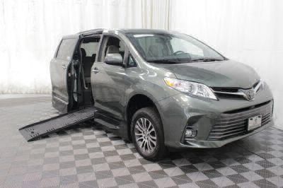 New Wheelchair Van for Sale - 2019 Toyota Sienna XLE Wheelchair Accessible Van VIN: 5TDYZ3DC5KS979058