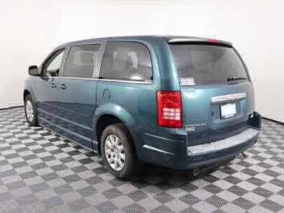 2009 Chrysler Town and Country Wheelchair Van For Sale -- Thumb #25