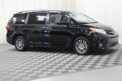 Commercial Wheelchair Vans for Sale - 2018 Toyota Sienna XLE ADA Compliant Vehicle VIN: 5TDYZ3DC3JS959499