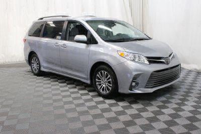 Commercial Wheelchair Vans for Sale - 2018 Toyota Sienna XLE ADA Compliant Vehicle VIN: 5TDYZ3DC3JS939558