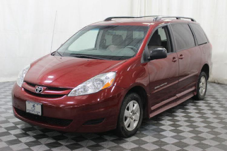 2010 Toyota Sienna LE Wheelchair Van For Sale #20