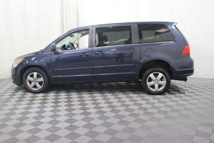 2009 Volkswagen Routan SE Wheelchair Van For Sale #9