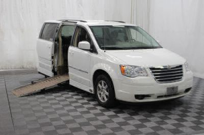 Used Wheelchair Van for Sale - 2009 Chrysler Town & Country Touring Wheelchair Accessible Van VIN: 2A8HR54159R684399