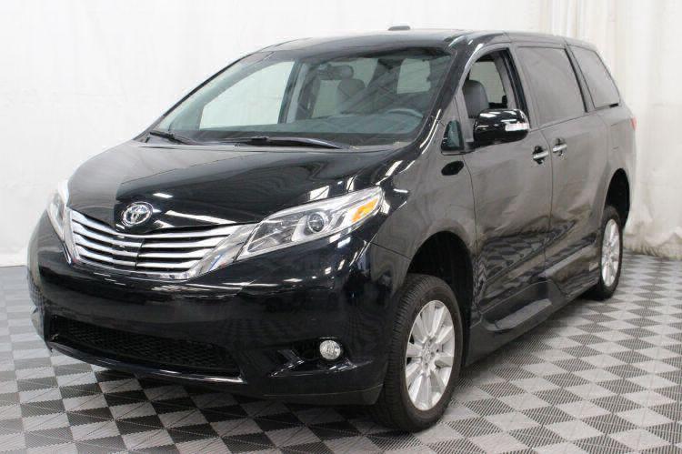 2017 Toyota Sienna Limited Wheelchair Van For Sale #20
