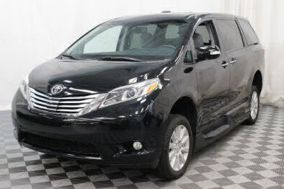 2017 Toyota Sienna Wheelchair Van For Sale -- Thumb #20