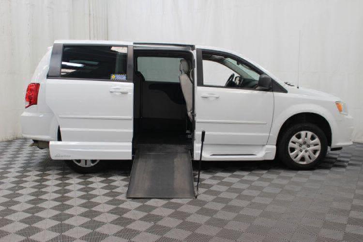 2015 Dodge Grand Caravan SE Wheelchair Van For Sale #2