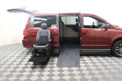 2017 Dodge Grand Caravan Wheelchair Van For Sale -- Thumb #15
