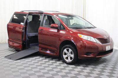 Commercial Wheelchair Vans for Sale - 2015 Toyota Sienna LE ADA Compliant Vehicle VIN: 5TDKK3DC6FS557574