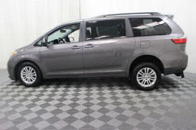 2017 Toyota Sienna Wheelchair Van For Sale -- Thumb #28