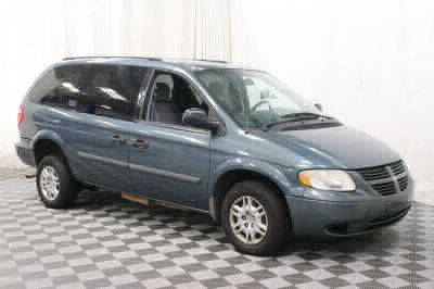 2006 Dodge Grand Caravan Wheelchair Van For Sale -- Thumb #4