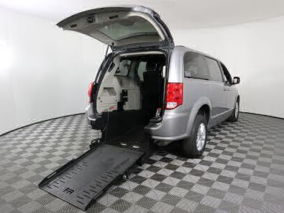Commercial Wheelchair Vans for Sale - 2019 Dodge Grand Caravan SXT ADA Compliant Vehicle VIN: 2C4RDGCG0KR580453