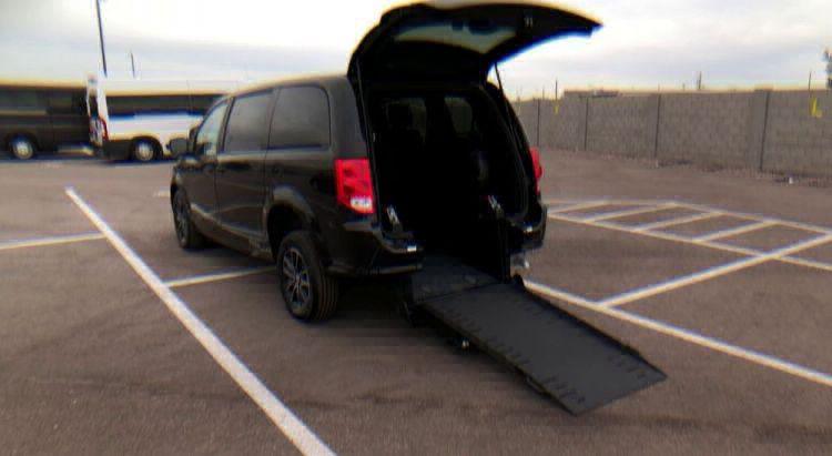 2018 Dodge Grand Caravan SE Plus Wheelchair Van For Sale #9