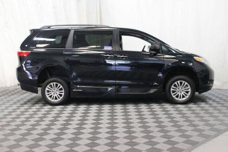 2016 Toyota Sienna XLE Wheelchair Van For Sale #6