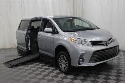 Handicap Van for Sale - 2019 Toyota Sienna XLE 8-Passenger Wheelchair Accessible Van VIN: 5TDYZ3DC3KS010651