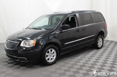 2011 Chrysler Town and Country Wheelchair Van For Sale -- Thumb #14